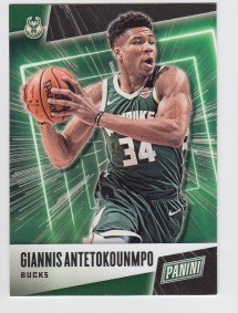 2019 Panini Father's Day Giannis Antetokounmpo Card